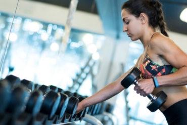 bizeps und trizeps am selben tag trainieren gym